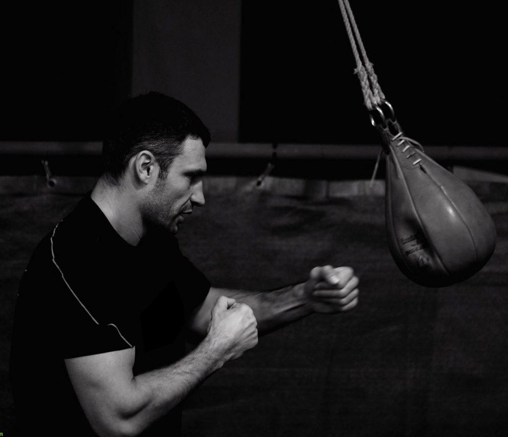 Men-Boxing-Practice