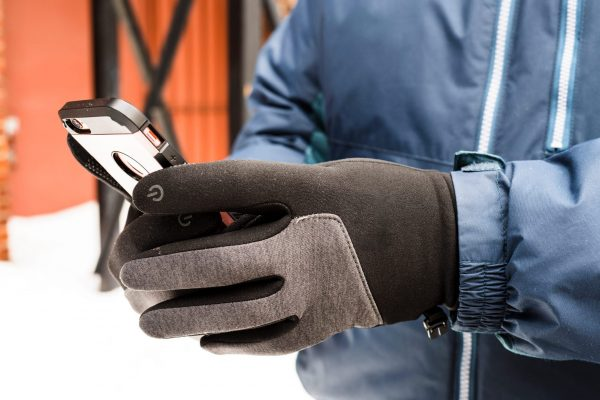 Touch glove can Increased Worker Satisfaction and Productivity