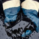 The Need For Oil-Resistant Work Gloves