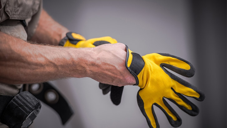 mistakes committed when buying safety gloves