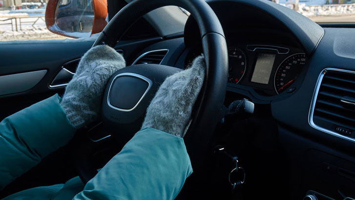 Benefits of Winter Driving Gloves